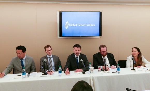 Global Taiwan Institute (GTI), a think tank in Washington, D.C., hosted a panel on Wednesday discussing issues related to Taiwan's defense. (L-R): GTI Senior Fellow David An; Michael Mazza, American Enterprise Institute; Ian Easton, Project 2049 Institute; Eric Gomez, Cato Institute; Amy Chang, an affiliate with the Belfer Center's Cyber Security Project at the Harvard Kennedy School.