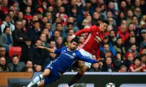 Chelsea lead Cut to 4 points as League Leaders Lose at Old Trafford
