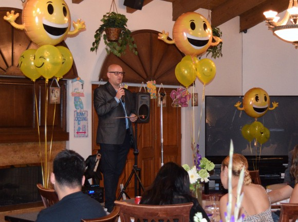 Loren Kling hosts a Hilarity for Charity event at Glen Park Healthy Living in Glendale, Calif. on Apr. 12. (Sarah Le/Epoch Times)