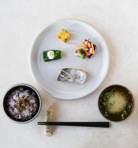 "The Ichiju Sansai (""one soup, three dishes"") breakfast set with king mackerel, vegetables, and egg, from Okonomi in Williamsburg, Brooklyn, on April 5, 2016. (Samira Bouaou/Epoch Times)"