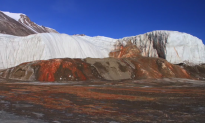 Century-Old Mystery of Antarctica's Blood Falls Solved, Scientists Say (Video)