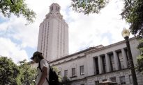 1 Person Killed, 3 Injured in University of Texas Stabbing