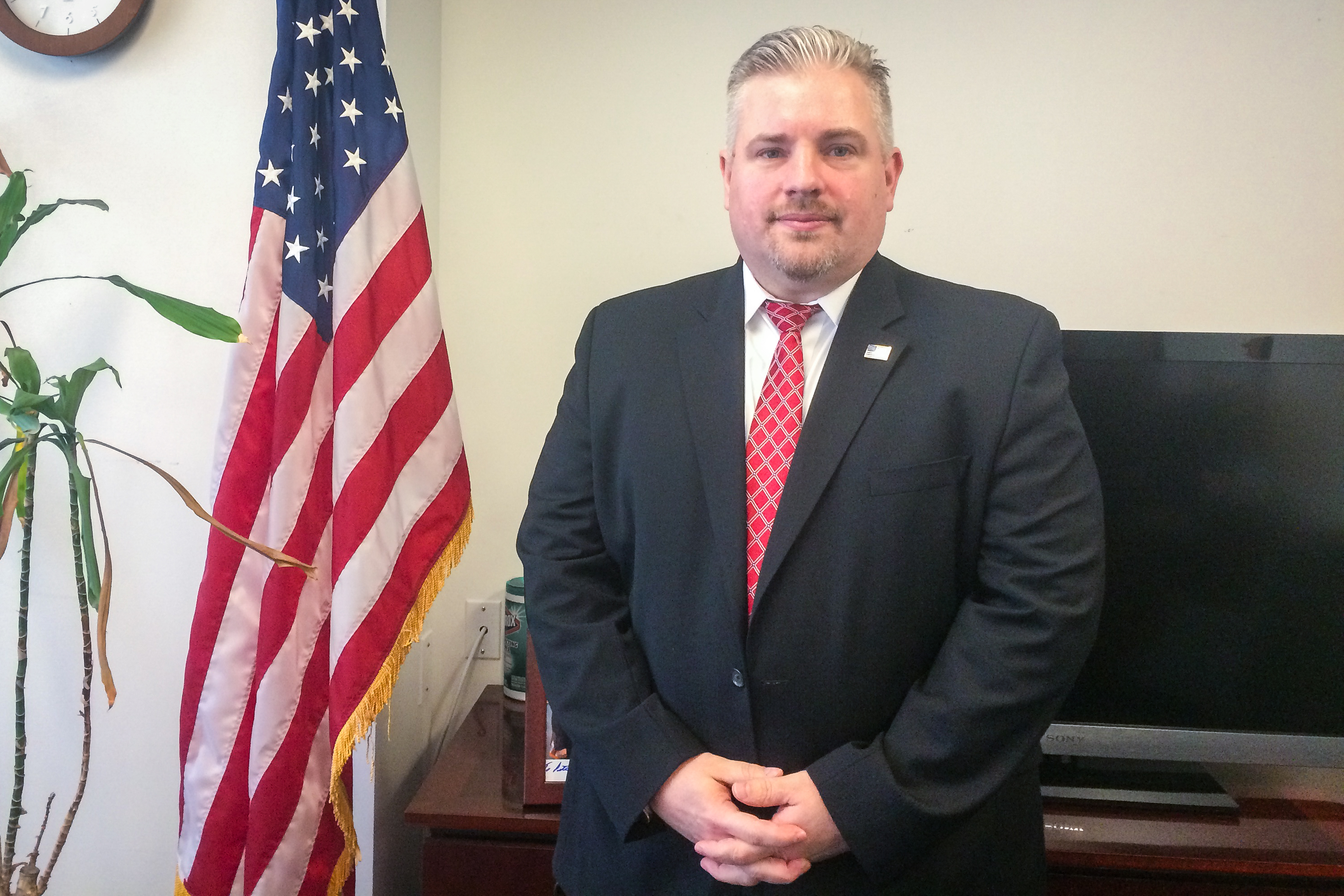Peter Fitzhugh, deputy special agent in charge for ICE Homeland Security Investigations in New York at his office in Manhattan, May 11, 2017. (Charlotte Cuthbertson/The Epoch Times)