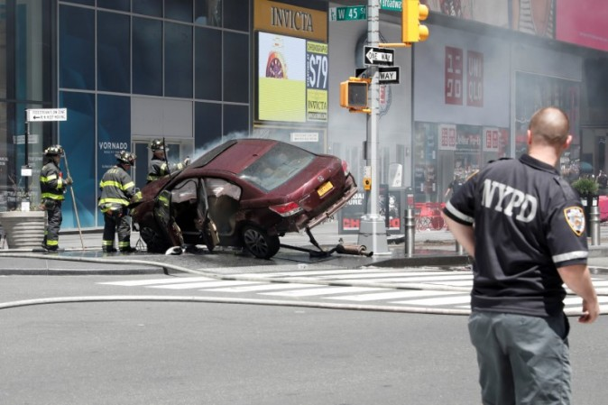 A vehicle that struck pedestrians and later crashed is seen on the sidewalk in New York City on May 18, 2017. (REUTERS/Mike Segar)