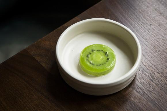 Lime meringue and kiwi sorbet made into a kiwi dessert. (Samira Bouaou/The Epoch Times)