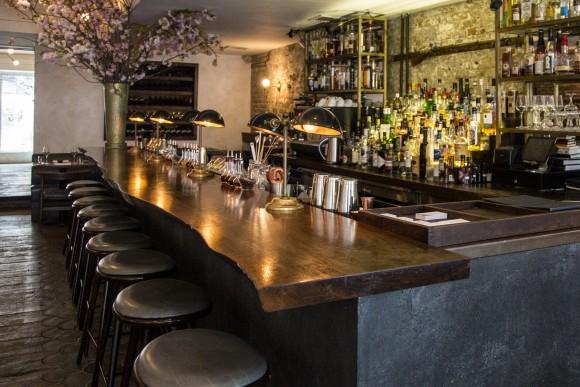 The bar area inside the restaurant. (Samira Bouaou/The Epoch Times)