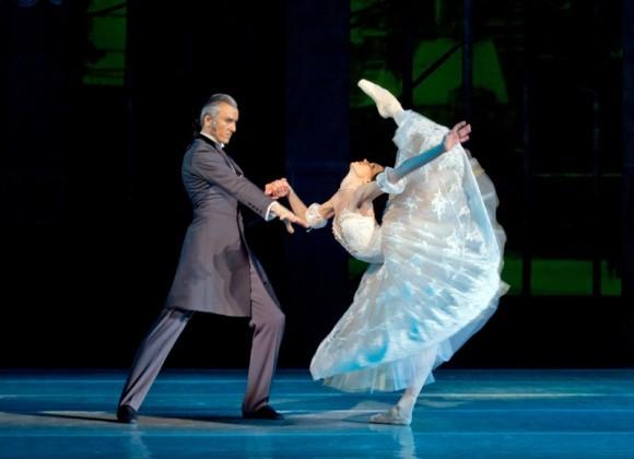 Vladyslav Ivashchenko as  Alexandre's  father and Anastasia Shevkenko as Marie. (Opera and Ballet Theatre of Ukraine)