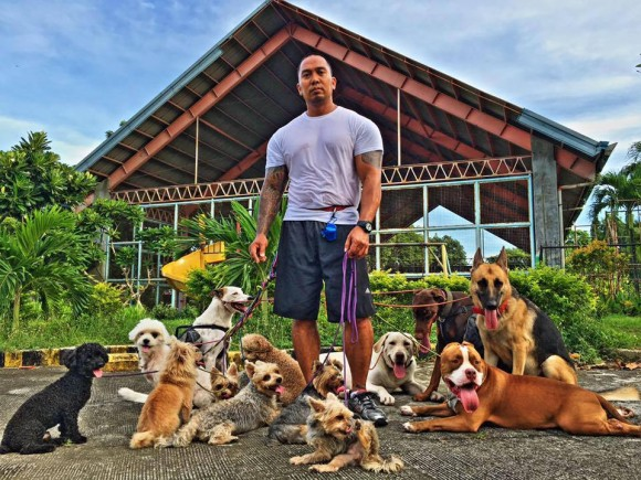 Jerry Lakandula with his dogs. (Courtesy of Jerry Lakandula)