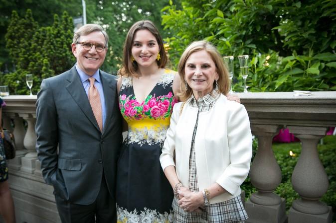 Stanley, Sarah and Anne Silverstein. (Benjamin Chasteen/The Epoch Times)