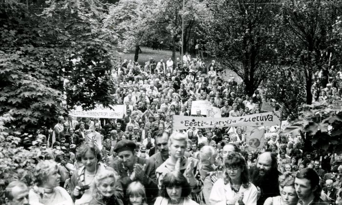 On Aug. 23, 1987, 2,000 to 5,000 people met at Hirve Park in Estonia on the anniversary of the Nazi-Soviet Pact. It was one of the first organized public demonstrations against the Communist Party. (Courtesy of James Tusty)