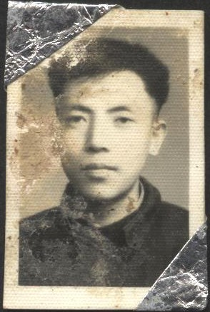 Profile photo of Jennifer Zeng's father at university. Ever since Jennifer's childhood, she has believed that this is how a handsome man should look like. (Provided by Jennifer Zeng)