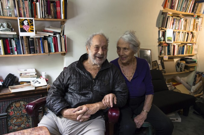 Robert Frank with his wife, June Leaf in their home in New York City on June 8, 2017 (Samira Bouaou/The Epoch Times)