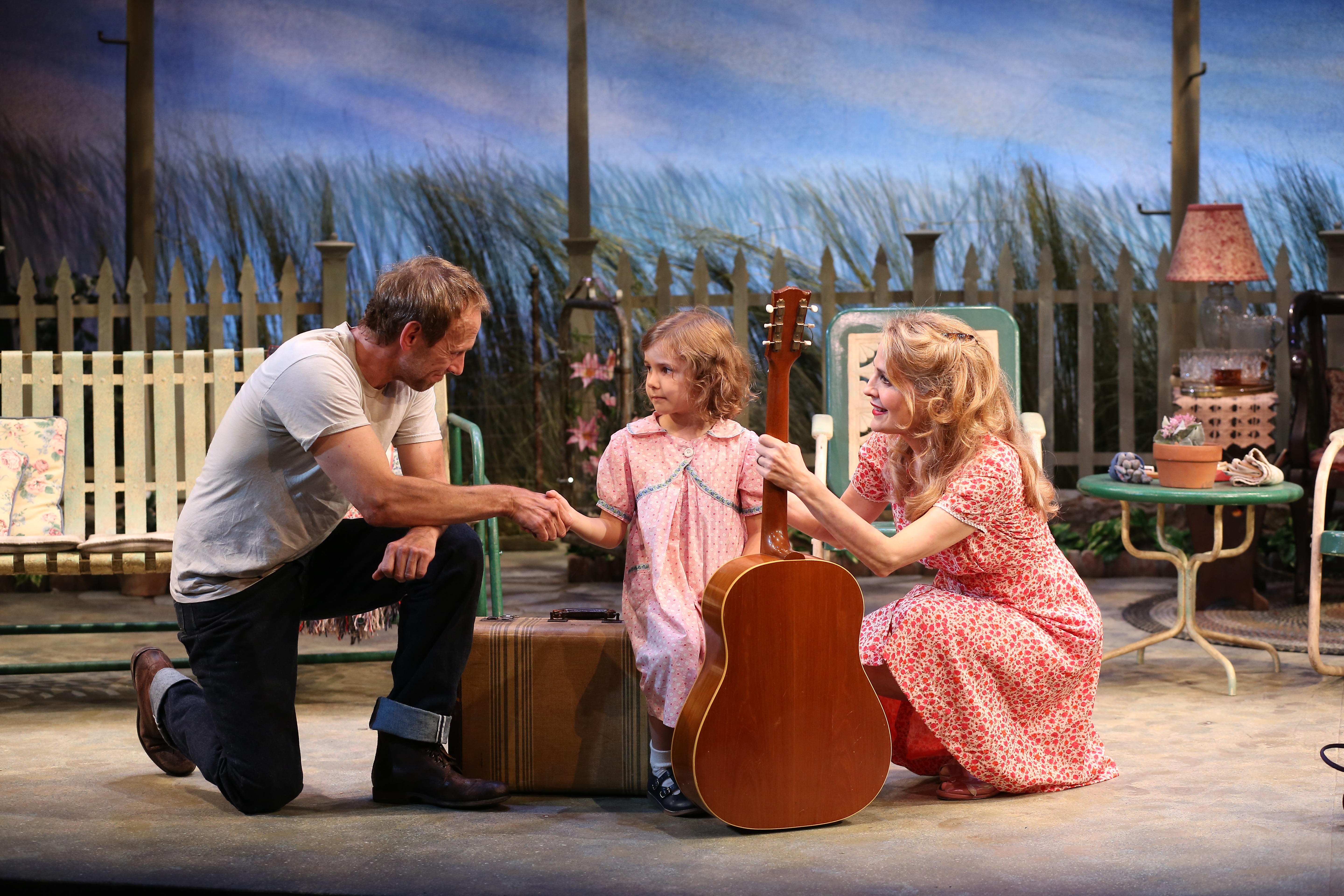 Theater Review: 'The Traveling Lady'