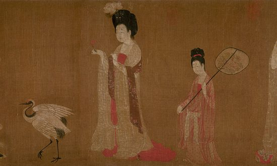 Zhou Fang's 'Court Ladies Wearing Flowered Headdresses'