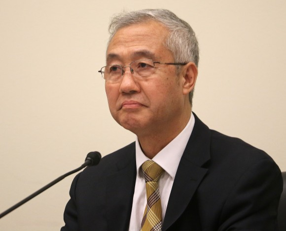 Dr. Wang Zhiyuan, founder and president of the World Organization to Investigate the Persecution of Falun Gong (WOIPFG), speaks at a forum held in a Congressional building in Washington, D.C., on forced organ harvesting in China, June 23. (Gary Feuerberg/ Epoch Times)