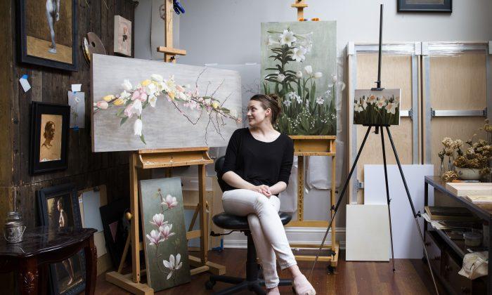 Artist Katie G. Whipple in her studio in Southampton on June 23, 2017. (Samira Bouaou/The Epoch Times)