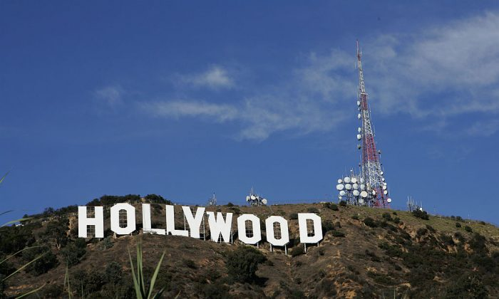 The Hollywood Sign is seen atop of Mt. Lee aft on December 5, 2005 in Hollywood, California.  (David Livingston/Getty Images)