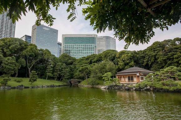 The Hamarikyu Gardens in Tokyo, located near the Tsukiji market. (Annie Wu/The Epoch Times)