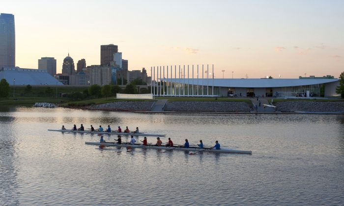 Kayaking on the North Canadian River, which runs between North Oklahoma City and South Oklahoma City. (Oklahoma City Convention & Visitors Bureau)