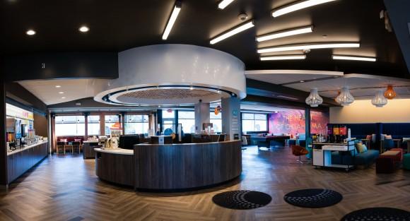 The lobby at Tru by Hilton in Oklahoma City. (Courtesy of Tru by Hilton)