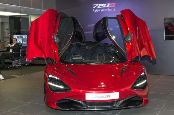 Front view of the McLaren 720S with 'butterfly wing' doors open. (Bill Cox/Epoch Times)