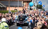Crowd of Thousands Line the Streets for Bradley Lowery's Funeral