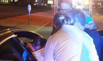 Two Police Officers Help Deliver Baby on Roadside