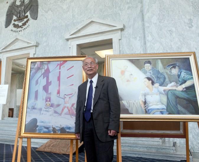Professor Kunlun Zhang with his painting