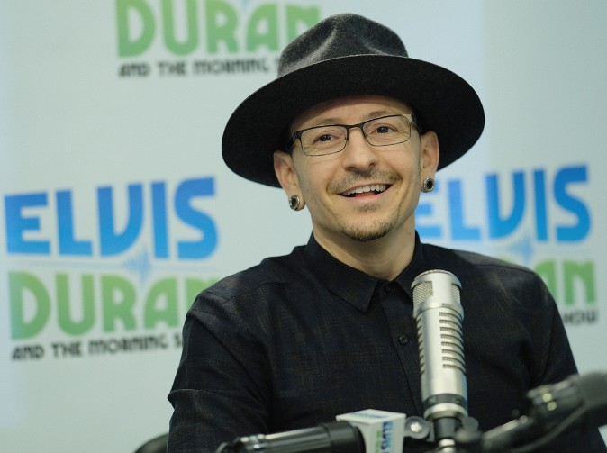 "Chester Bennington visits ""The Elvis Duran Z100 Morning Show"" at Elvis Duran Offices on February 21, 2017 in New York City.  (Photo by Dimitrios Kambouris/Getty Images)"
