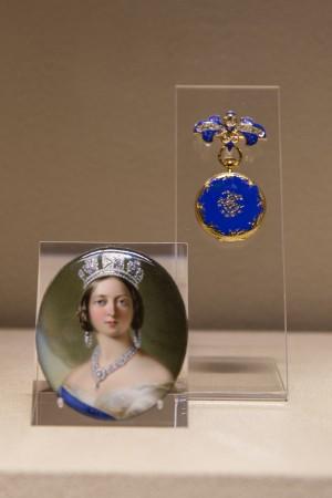 Queen Victoria's Patek Philippe pendant watch. (Benjamin Chasteen/The Epoch Times)