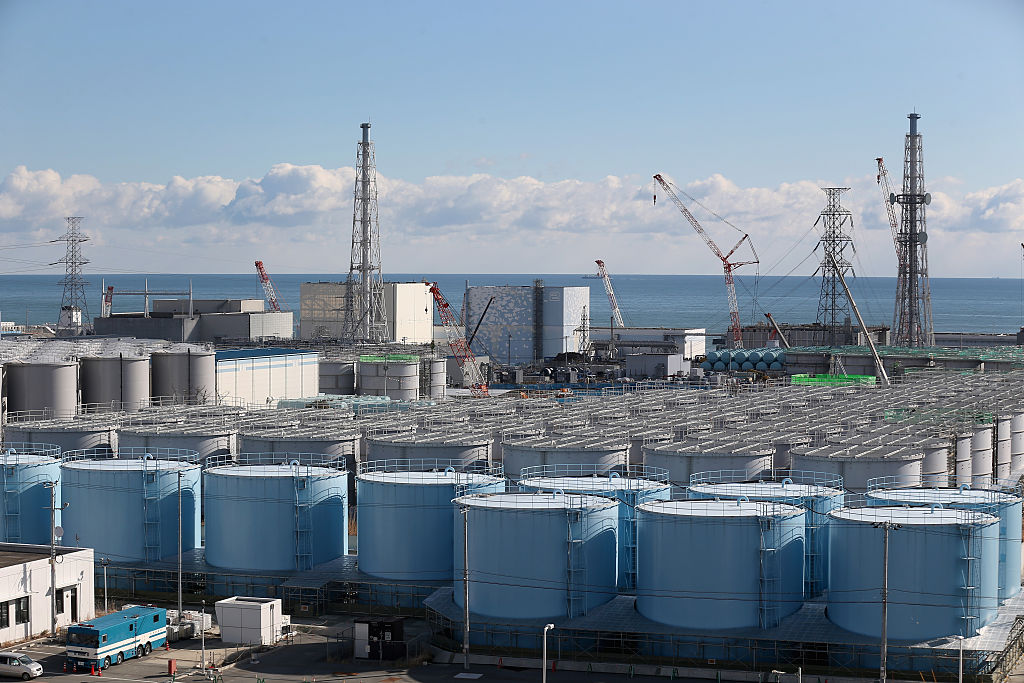 A general view of radiation contaminated water tanks and the damaged reactors at Fukushima Daiichi nuclear power plant. (Christopher Furlong/Getty Images)