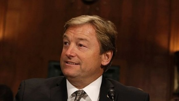 Senator Dean Heller before the Senate Judiciary Committee Privacy, November 13, 2013.  (REUTERS/Yuri Gripas)