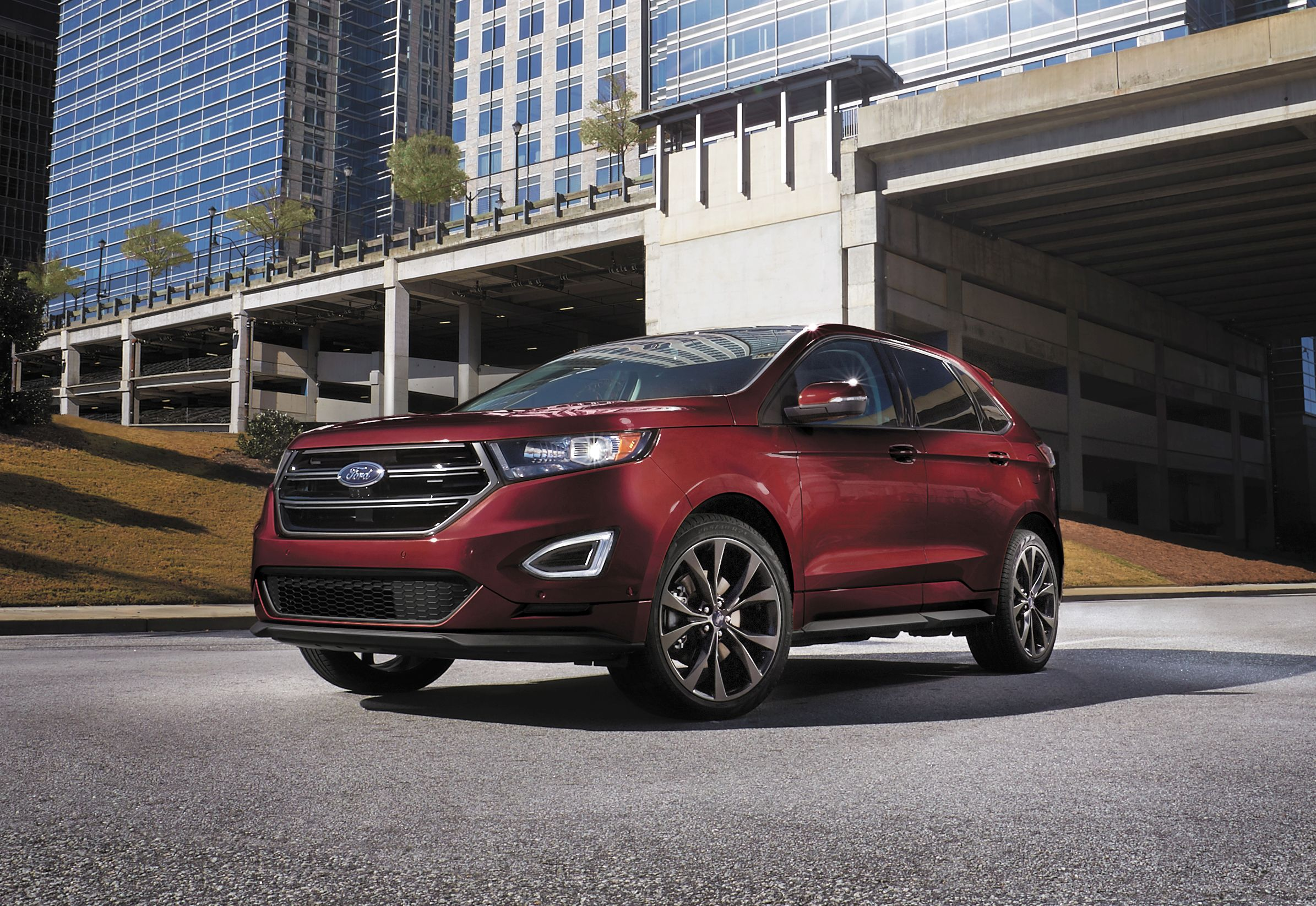 2017 ford edge awd titanium the epoch times. Black Bedroom Furniture Sets. Home Design Ideas