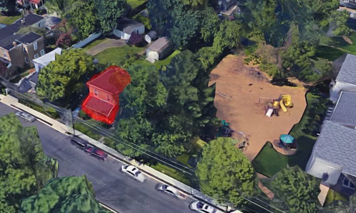 The children saw smoke coming from the house highlighted in this image from the playground on the right. (Google Maps)
