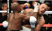 New York Times Falsely Claims Connor McGregor 'Completely Bloodied' in Epic Match