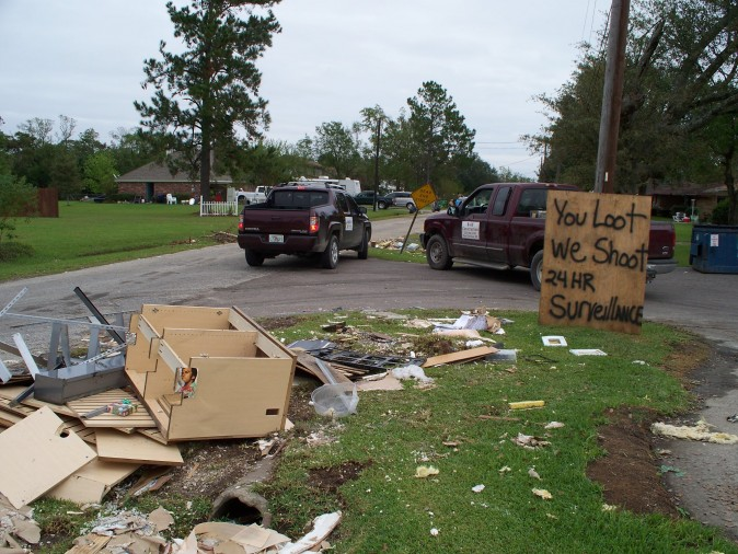 Hurricane_Ike_Bridge_City_TX_You_Loot_We