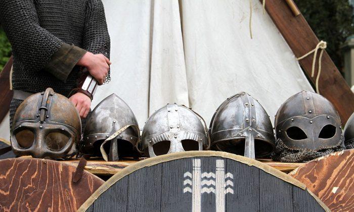 Viking helmets. (Helgi Halldórsson / CC BY-SA 2.0 / https://goo.gl/OOAQfn)