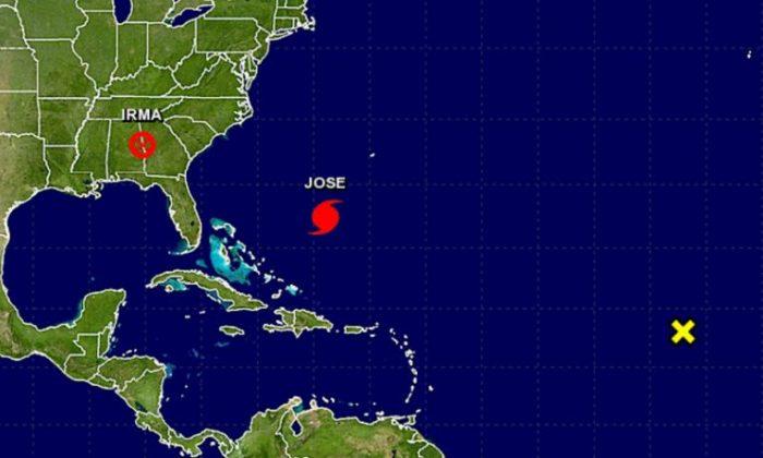 The 5 a.m. Tuesday NHC update for Hurricane Jose    (NHC / NOAA)