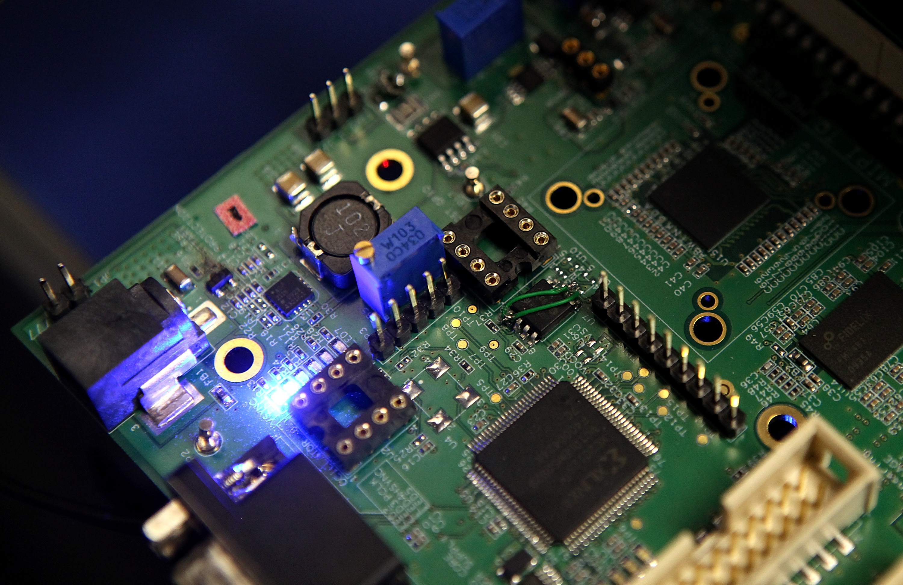 Semiconductors are seen on a circuit board that powers a Samsung video camera at the Samsung MOBILE-ization media and analyst even in San Jose, California t on March 23, 2011. (Photo by Justin Sullivan/Getty Images)