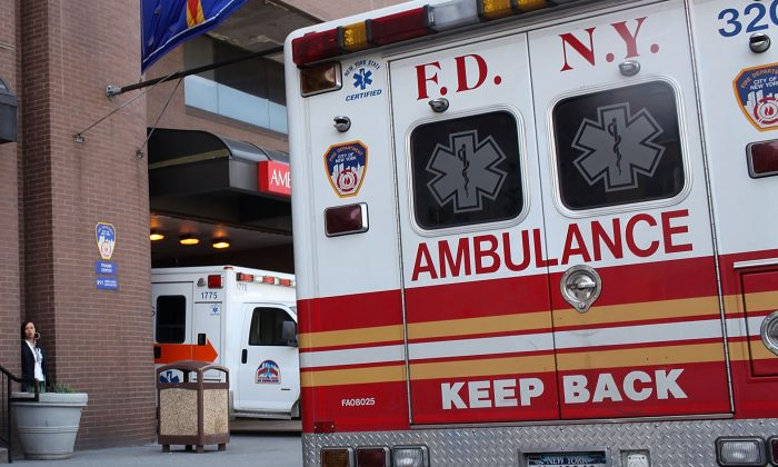 An ambulance on April 7, 2010 in New York City. (Spencer Platt/Getty Images)