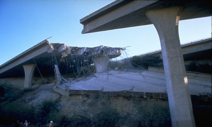 Many roads, including bridges and elevated highways were damaged by the 6.7 magnitude earthquake in Los Angeles in Jan. 1994. (FEMA News Photo)