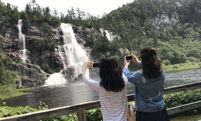 Bridal Veil Falls in Agawa Canyon. (The Epoch Times)