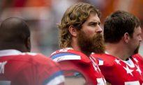 Former Patriots Star Tackle Ashamed of Team Over National Anthem Protest