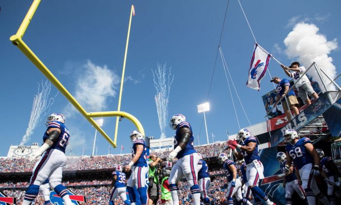 Buffalo Bills take the field before an NFL game against the Denver Broncos at New Era Field in Orchard Park, N.Y., on Sept. 24, 2017. (Bryan Bennett/Getty Images)