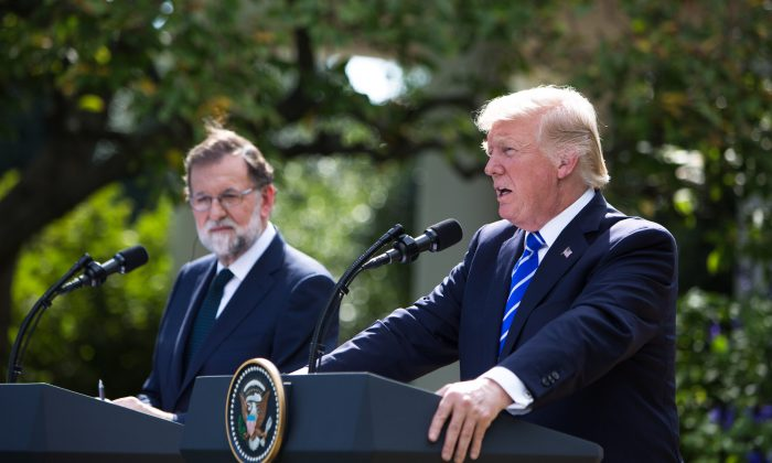 President Donald Trump speaks to reporters during a joint press briefing with Spanish Prime Minister Mariano Rajoy in the Rose Garden at the White House, Washington, D.C., on Sept. 26, 2017. (Samira Bouaou/The Epoch Times)
