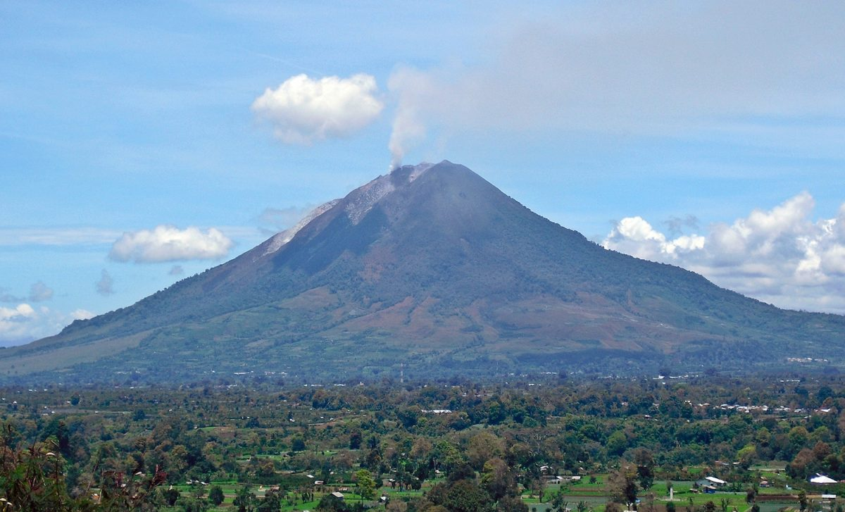Indonesian Volcano Mount Sinabung Erupts in Sumatra  The Epoch Times