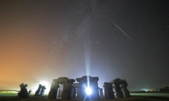 America's Stonehenge on the 'Path of Totality': Watch timelapse