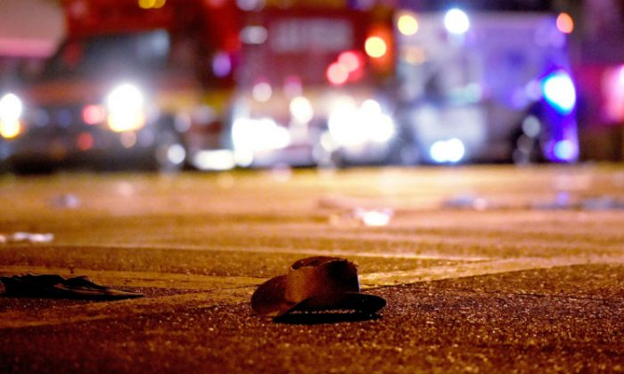 A cowboy hat lays in the street after shots were fired near a country music festival on Oct. 1, 2017 in Las Vegas. (David Becker/Getty Images)
