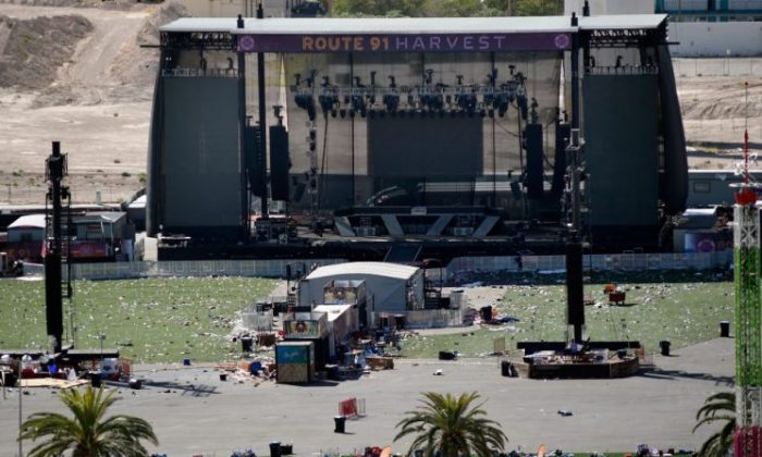 An overall view is seen of the Route 91 Harvest country music festival grounds on Oct. 4, 2017 in Las Vegas. (David Becker/Getty Images)