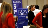 US Firms Added a Strong 271,000 Jobs in December: Survey
